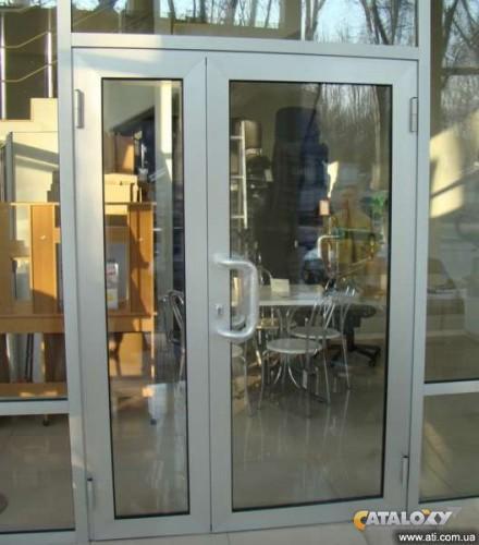 входные двери из профиля со стеклом
